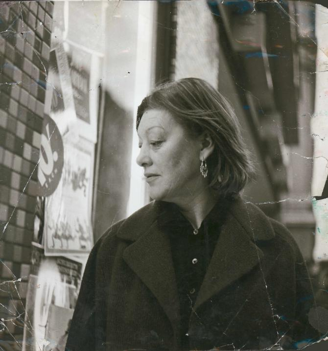 Photograph of Isabel Rawsthorne, by John Deakin